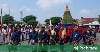 """Tradisi-Tradisi di Indonesia Bentuk """"Kejahiliyahan Modern""""??"""