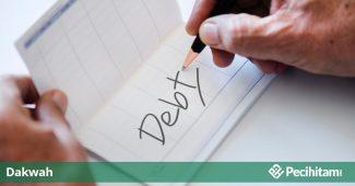 enggan bayar hutang
